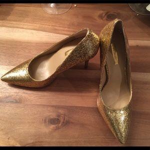 NWOT Bcbg gold glitter shimmer pumps high heels